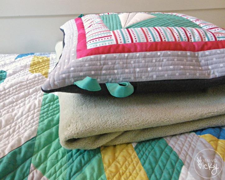 Paper Plane Pillow | veni vidi vicky